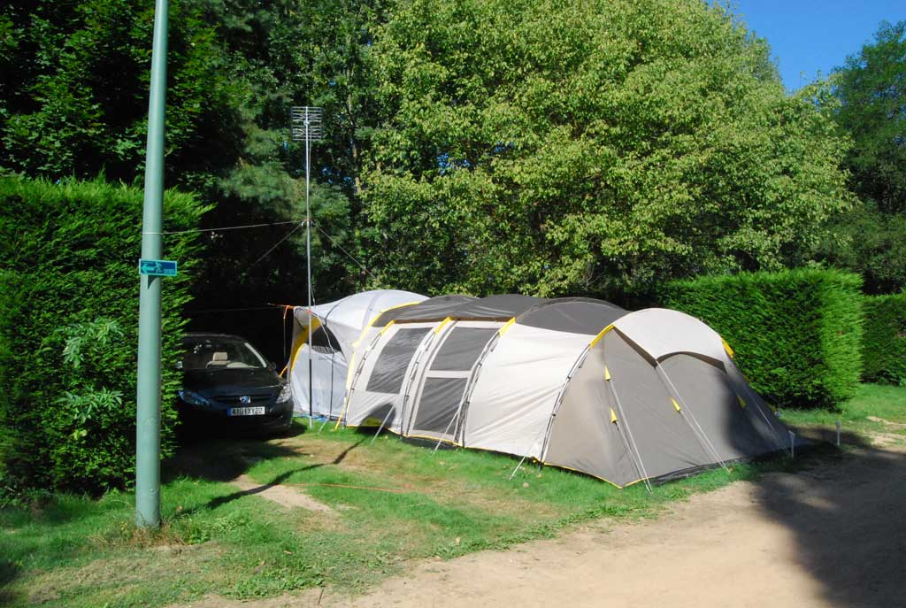 emplacement camping car thiers puy de dome